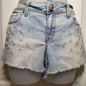 L.E.I. low rise lightwash jean shorts, 11